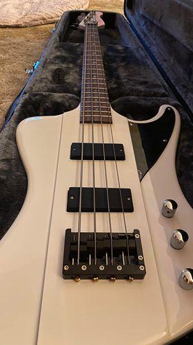 Steven Madsen Bass